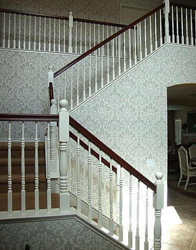 Damask-stenciled-foyer