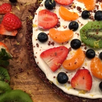 On being healthy - fruit & date pizza for toddlers